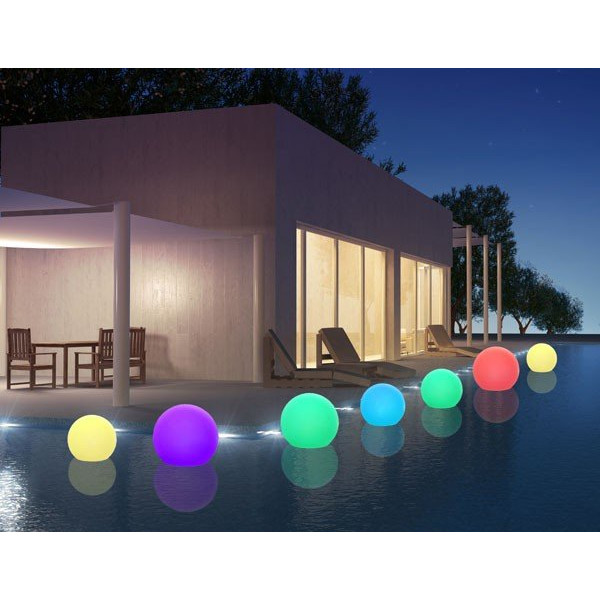 boule lumineuse piscine led multicolore sur batterie 40 50 60 cm. Black Bedroom Furniture Sets. Home Design Ideas