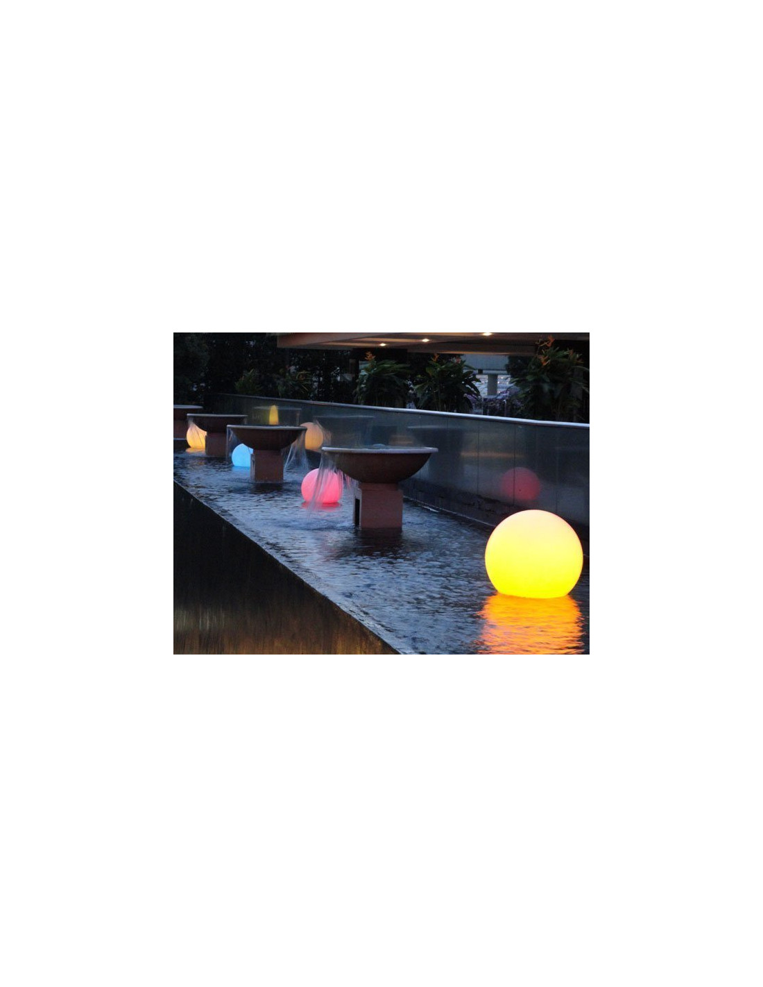 Boule led piscine gallery of lampe with boule led piscine - Boules lumineuses piscine ...