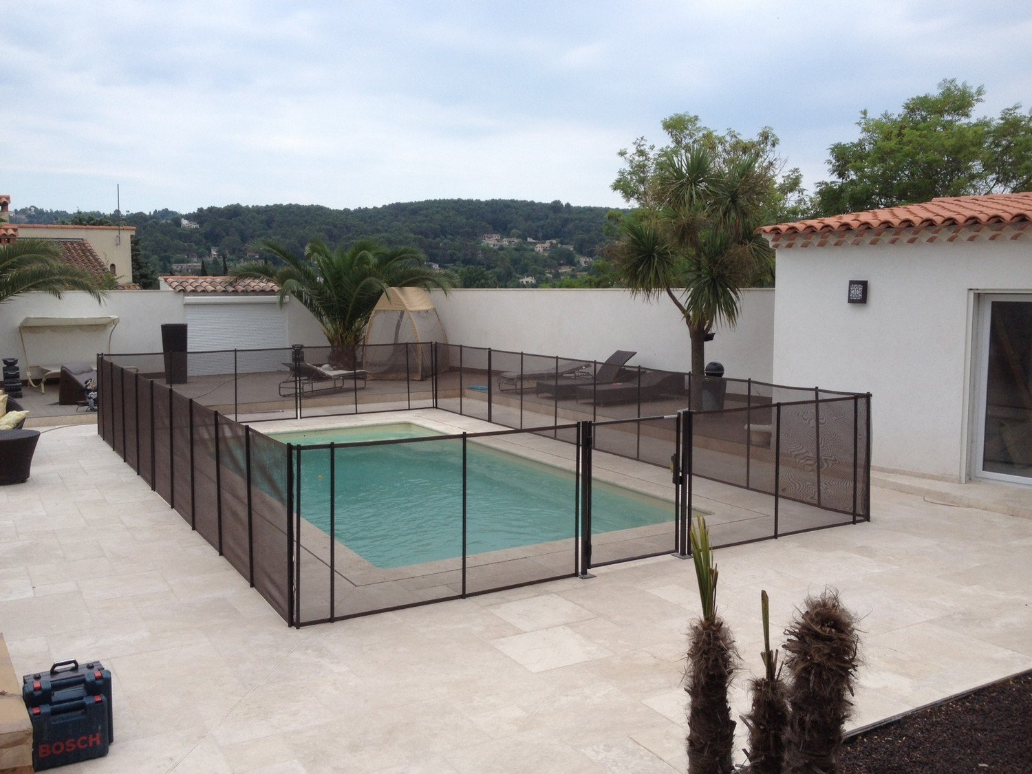 Barri re de s curit piscine la beethoven for Piscine barriere