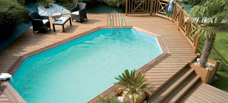 composite bord de la piscine bois images terrasse en bois. Black Bedroom Furniture Sets. Home Design Ideas