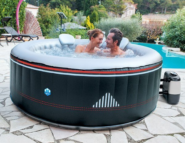 Spa gonflable montana netspa for Spa gonflable interieur